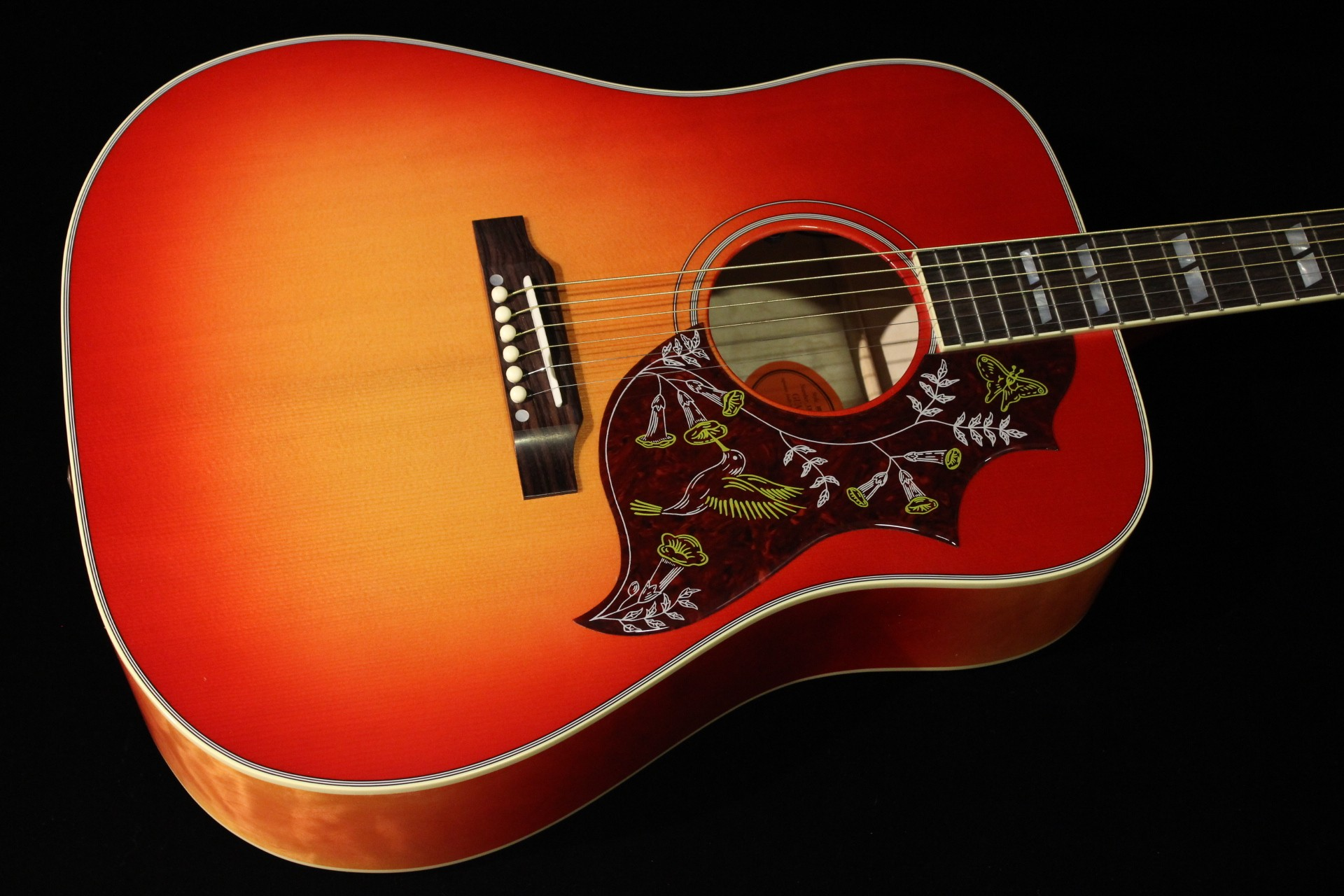 gibson hummingbird quilt vintage cherry sunburst sn 13074043 gino guitars. Black Bedroom Furniture Sets. Home Design Ideas