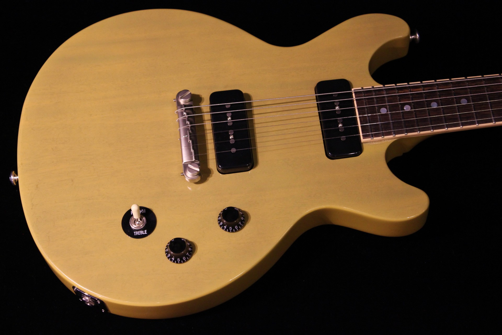 gibson les paul special double cut 2015 gloss yellow sn 150005267 gino guitars. Black Bedroom Furniture Sets. Home Design Ideas
