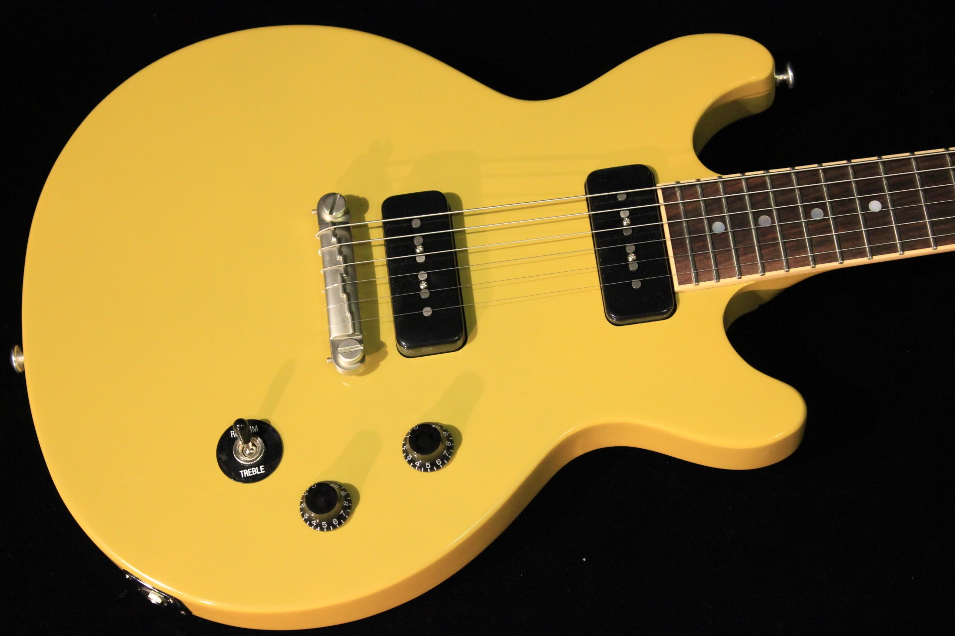 gibson les paul special double cut 2015 gloss yellow sn 150040951 gino guitars. Black Bedroom Furniture Sets. Home Design Ideas